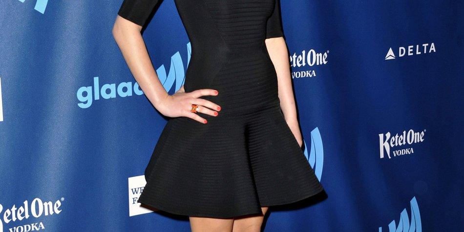 Miley Cyrus steht auf den neuen Haarschnitt von Jennifer Lawrence