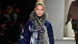 New York Fashion Week: Carolina Herrera zelebriert luxuriöse Eleganz