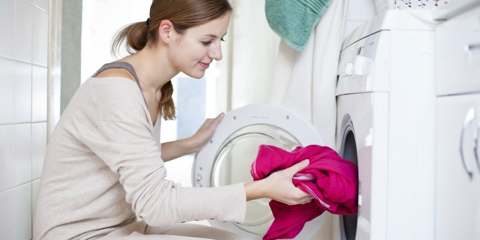 Neue Kleidung waschen