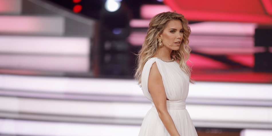 COLOGNE, GERMANY - MAY 05: Sylvie Meis on stage during the 7th show of the tenth season of the television competition 'Let's Dance' on May 5, 2017 in Cologne, Germany. (Photo by Andreas Rentz/Getty Images)