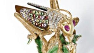 Animalischer Schmuck als extravaganter Mode-Trend