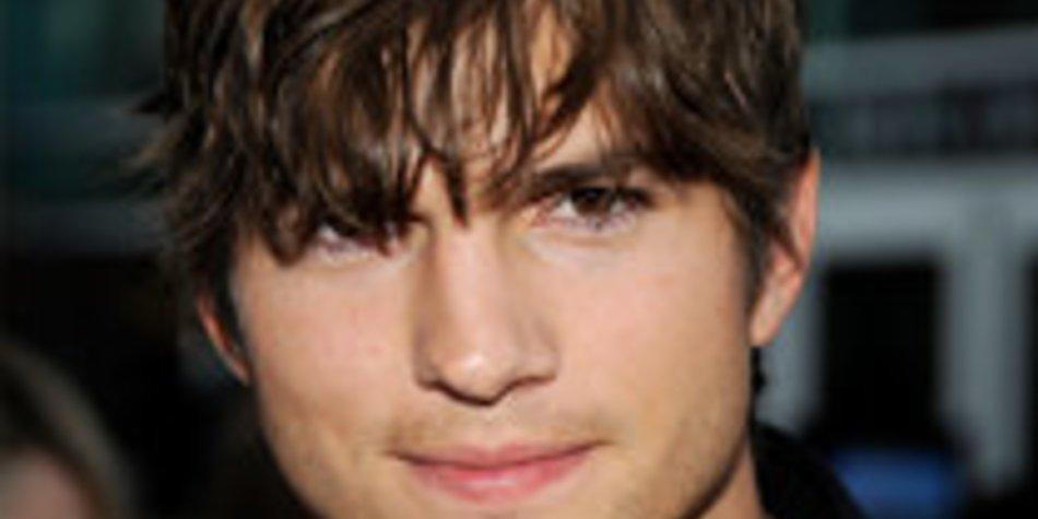 Ashton Kutcher: Fremdknutschen