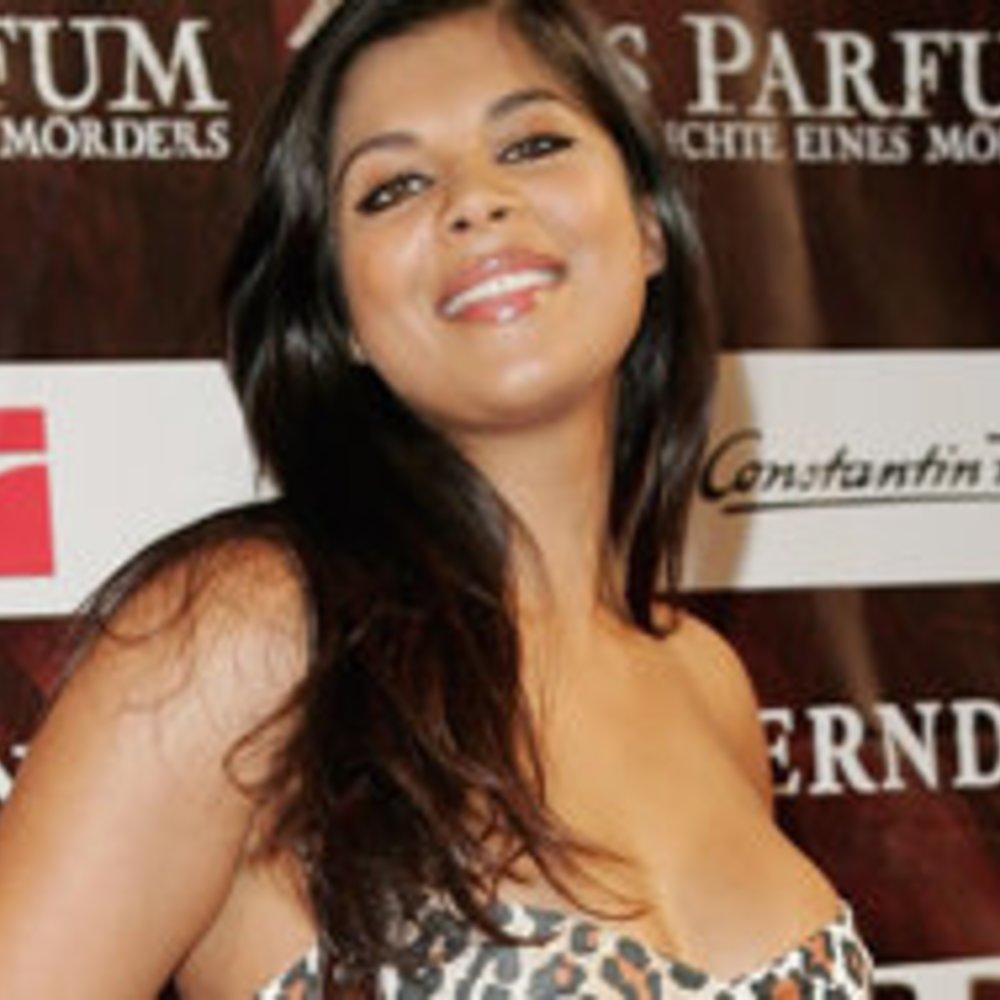 Dschungelcamp: Indira Weis im Playboy