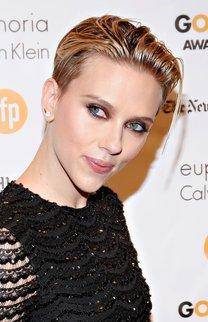 Scarlett Johansson: Pixie im Wet Look