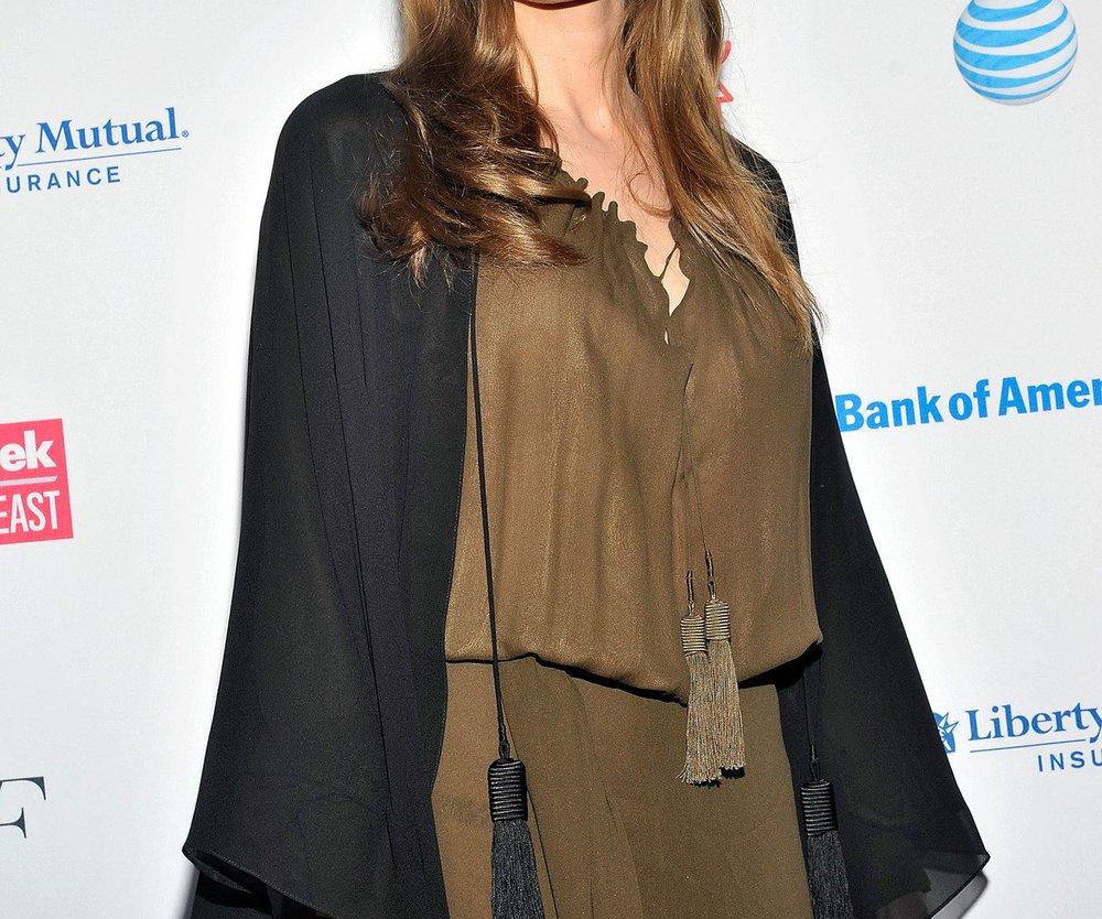 Angelina Jolie: Tante stirbt an Brustkrebs