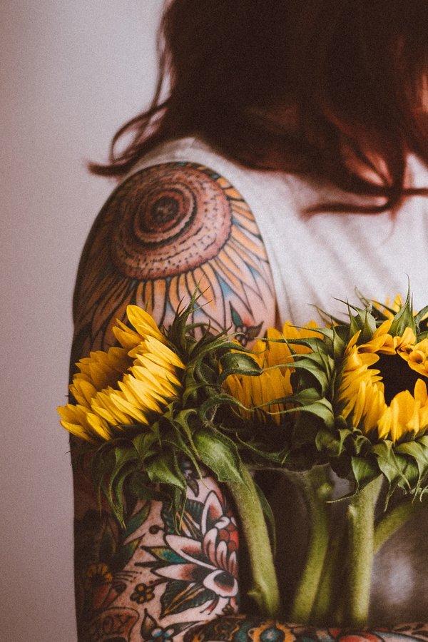 Blumen Tattoos 17 Außergewöhnliche Florale Vorlagen Bedeutung