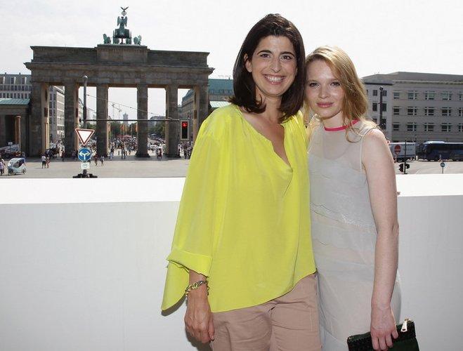 Karoline Herfurth und Dorothee Schumacher.