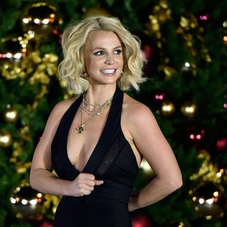 LAS VEGAS, NV - NOVEMBER 21:  Singer Britney Spears arrives at a Christmas tree-lighting ceremony at The LINQ Promenade on November 21, 2015 in Las Vegas, Nevada.  (Photo by David Becker/Getty Images)