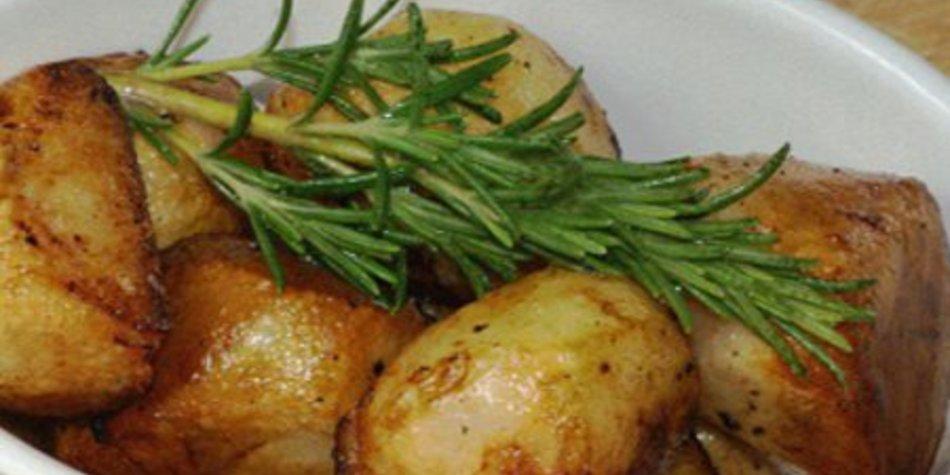 Rosmarinkartoffeln im Ofen