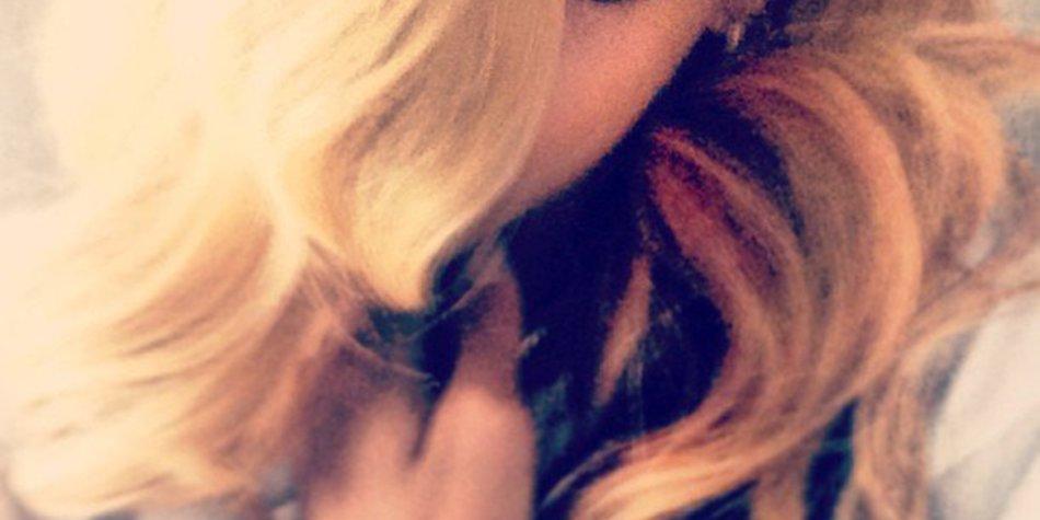 Rihanna ist jetzt blond