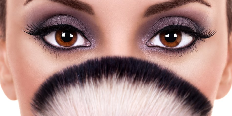 Braune Augen Schminken So Strahlt Dein Blick Desired De