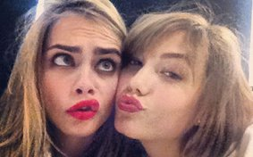 Die Models Cara Delevingne und Karlie
