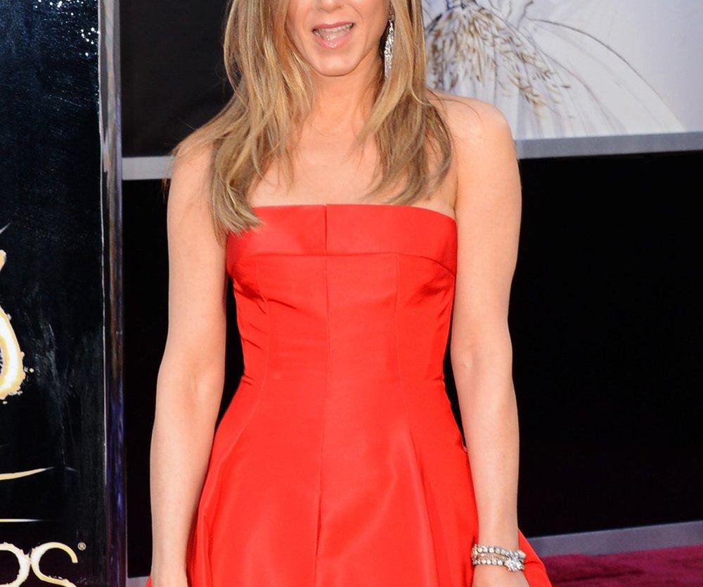 Jennifer Aniston bekommt Adoptionstipps von Charlize Theron