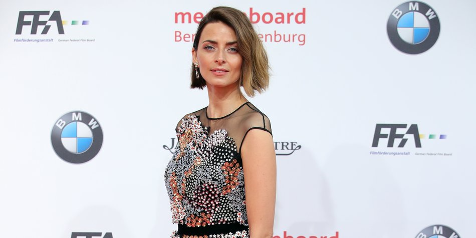 BERLIN, GERMANY - APRIL 27: Eva Padberg attends the Lola - German Film Award red carpet at Messe Berlin on April 27, 2018 in Berlin, Germany. (Photo by Andreas Rentz/Getty Images)