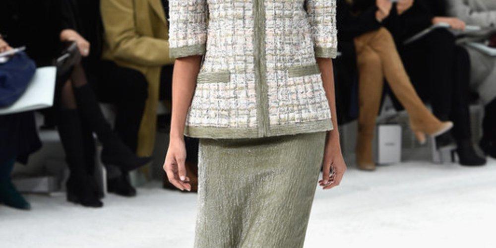 Haute Couture Paris: Chanel von Blumen inspiriert
