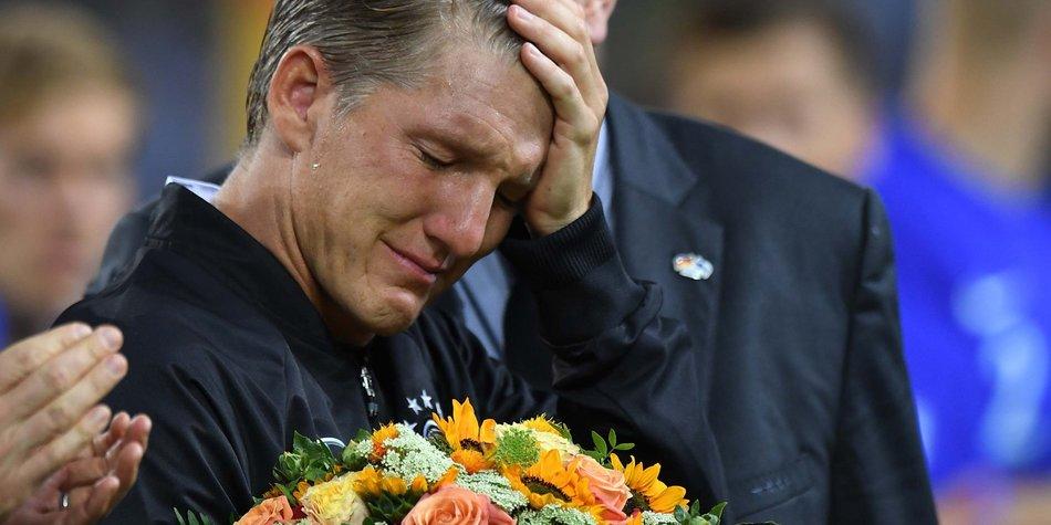 Bastian-Schweinsteiger_Patrik-Stollarz_AFP_GettyImages-598113058