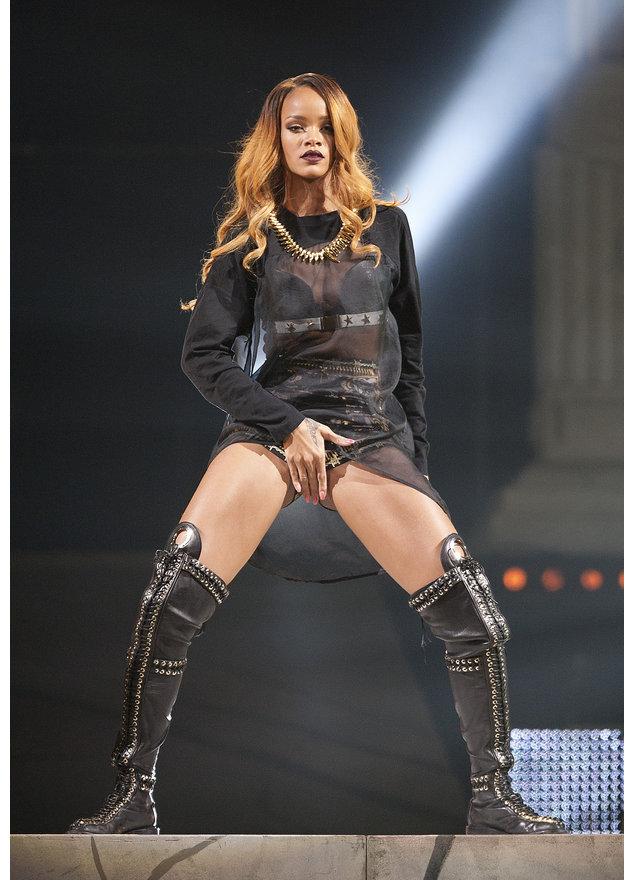 Rihanna legt einen Lapdance für Sean Kingston hin