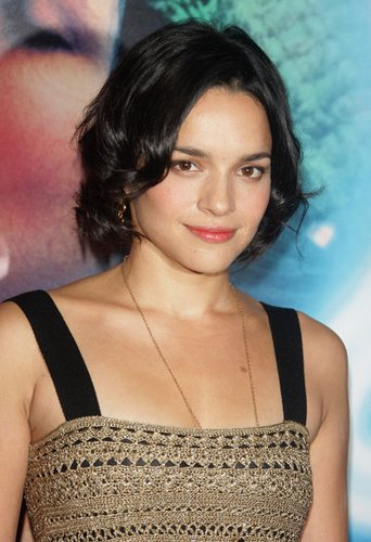 Norah Jones brachte 2004 das Album Feels like Home heraus.