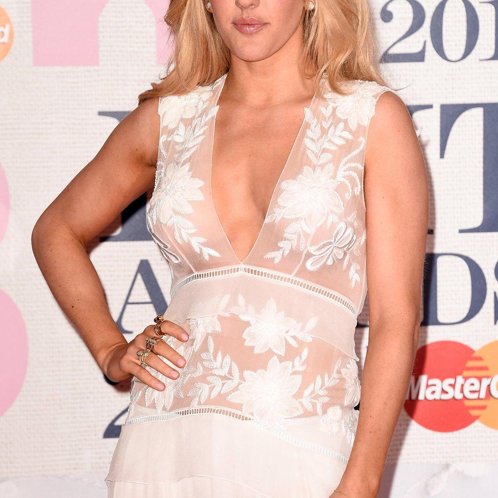 Ellie Goulding unterstützt ihren Freund Dougie Poynter