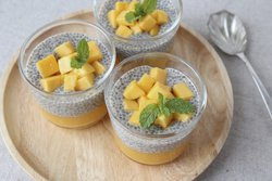 Chia-Samen-Pudding mit Mango