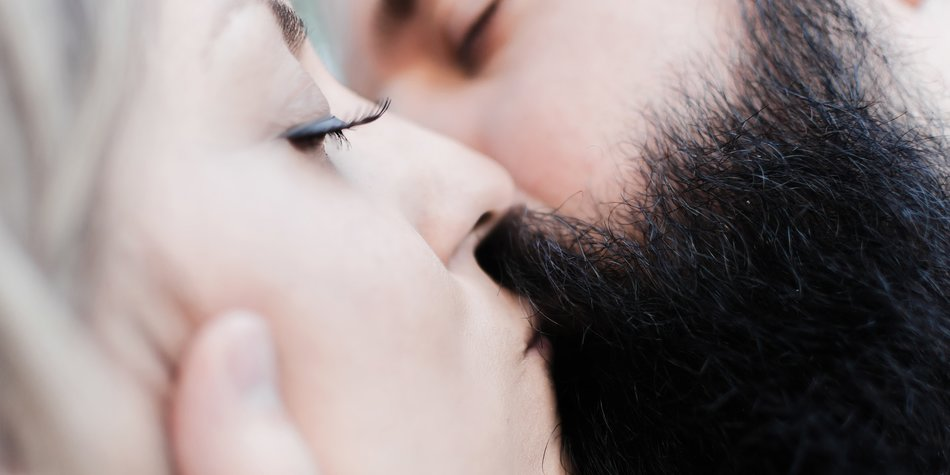 vollbart küssen