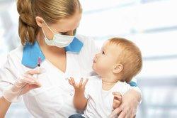 Soll Dein 10 Monate altes Baby geimpft werden?