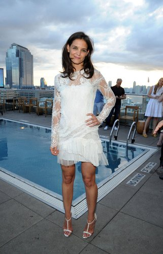 Katie Holmes trägt gerne elegante Kleider