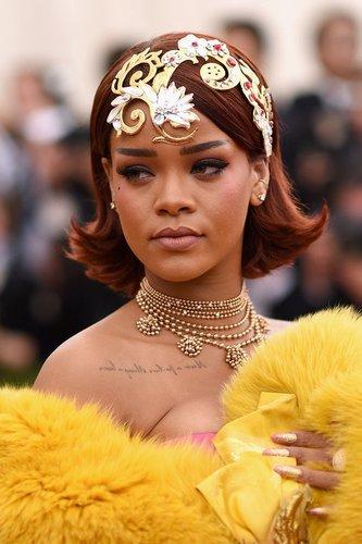 Rihanna beim Met Ball 2015