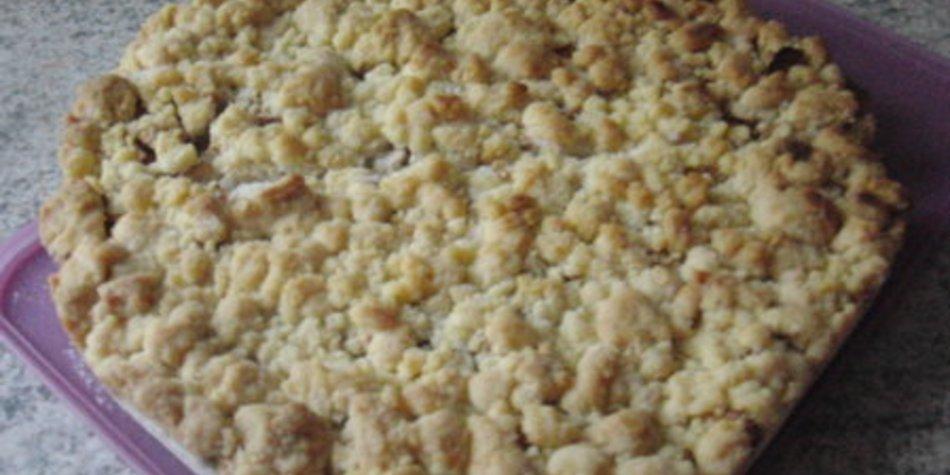 Streuselkuchen mit Äpfeln