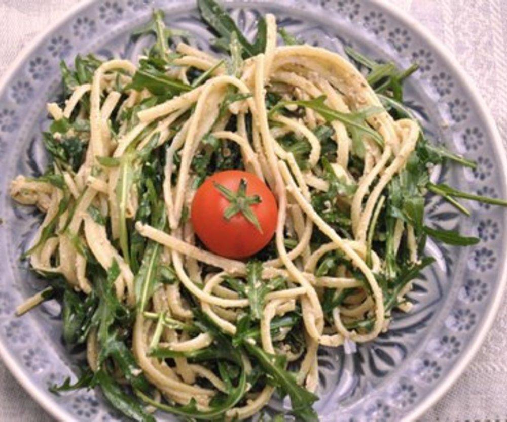 Spaghetti Rucola Salat