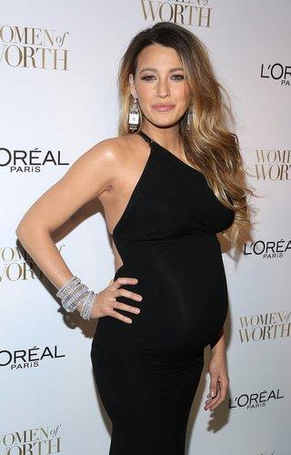 Blake Lively erwartet 2014 ihr erstes Kind
