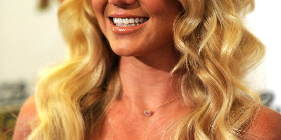 Britney Spears studiert die Liebe