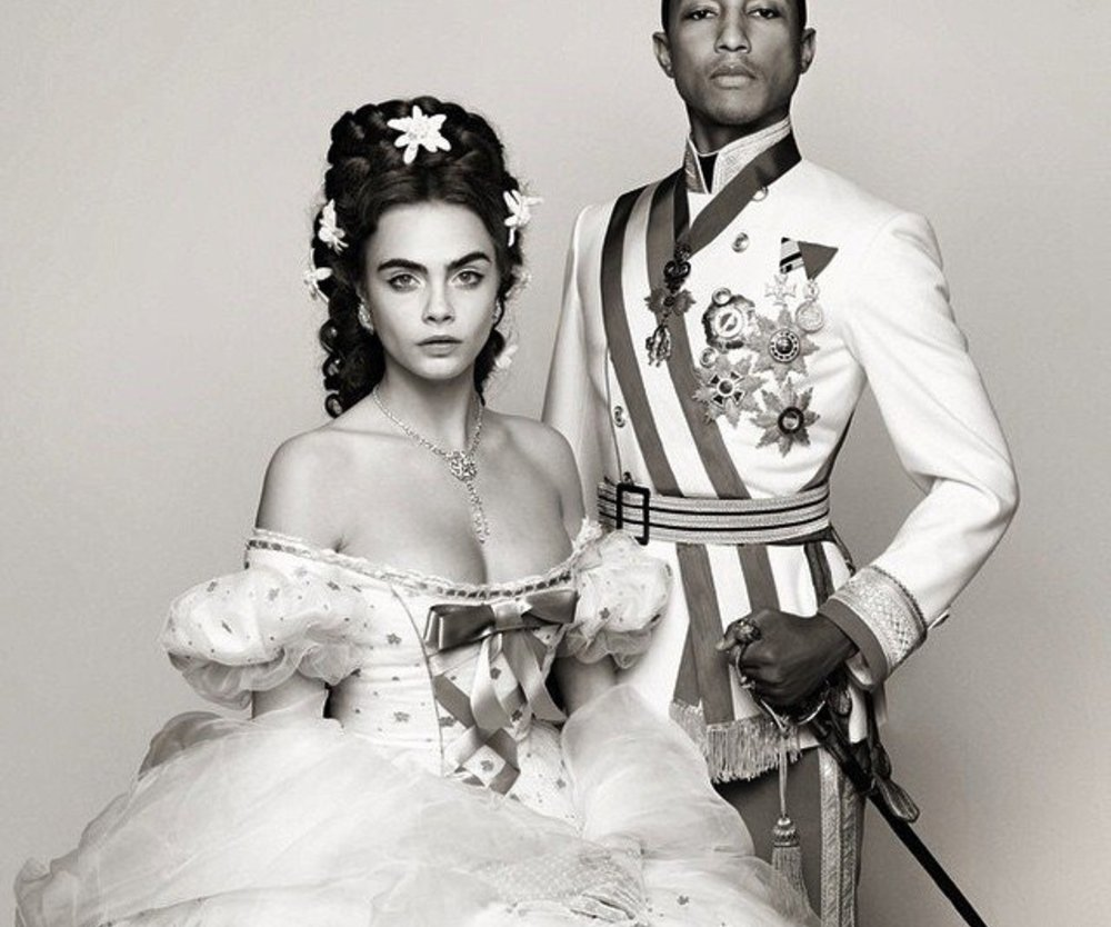 Cara Delevingne und Pharrell Williams als Sissi und Franz Joseph