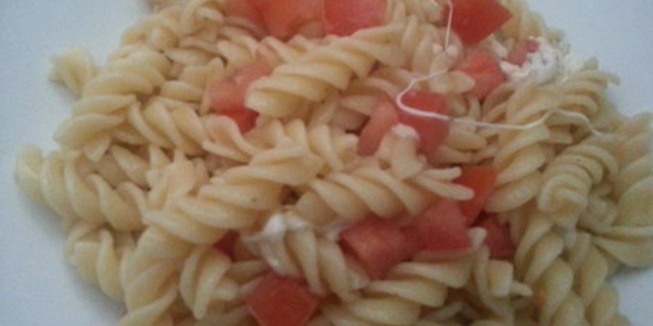 Tomaten Nudelsalat