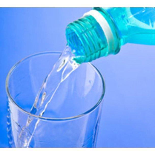 Wasser ist während einer Diät immer noch das beste Getränk.