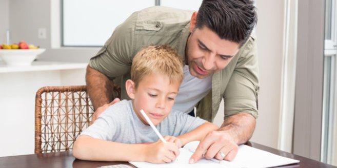 Bei Lernschwierigkeiten sollte Deinem Kind geholfen werden