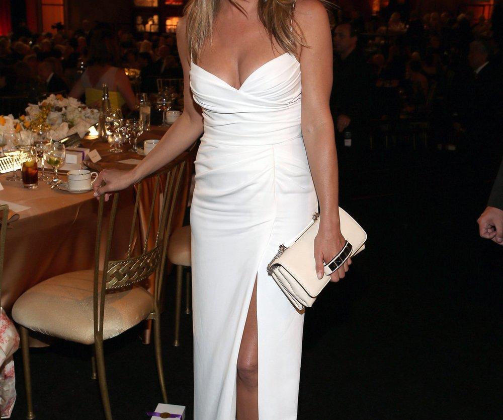 Jennifer Aniston lädt Mutter von Brad Pitt zur Hochzeit ein