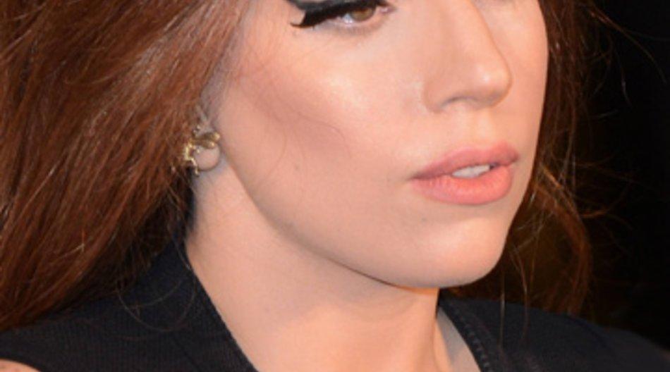 Ihre Verletzung ist schlimmer als gedacht: Lady Gaga muss ihre komplette Tour absagen.