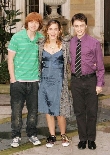Rupert Grint, Emma Watson und Daniel Radcliffe 2005