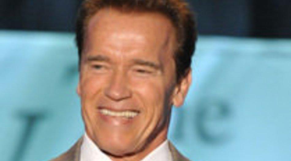 Arnold Schwarzenegger zeichnet Stars aus