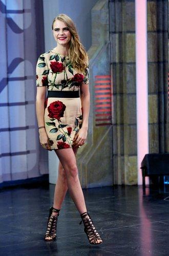 Cara Delevingne ist zu Gast in einer spanischen TV-Show