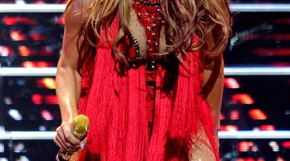 Jennifer Lopez macht einen Hubschrauberrundflug