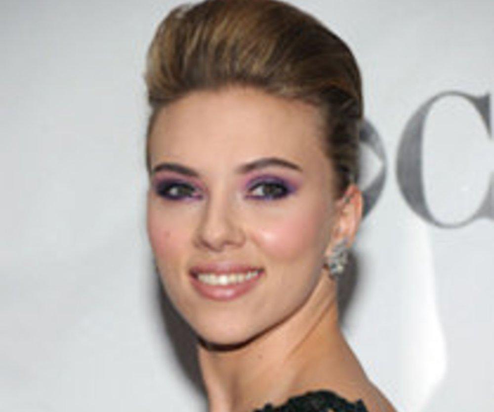 Scarlett Johansson: Sexy Vamp