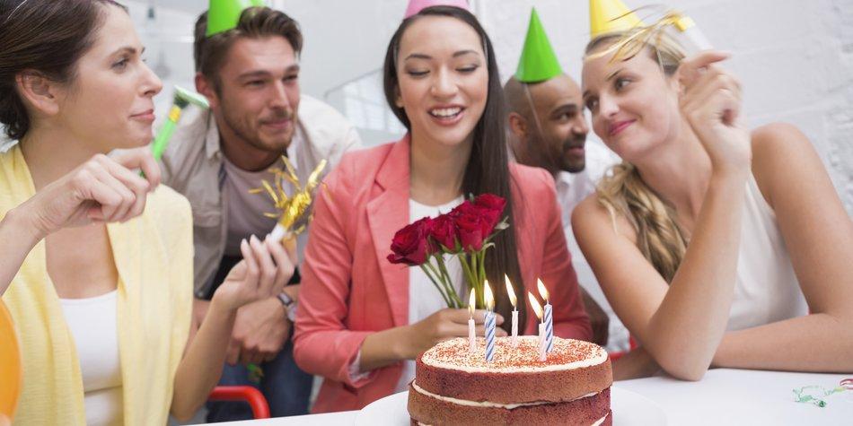 Was solltest Du beim Geburtstag im Büro beachten?