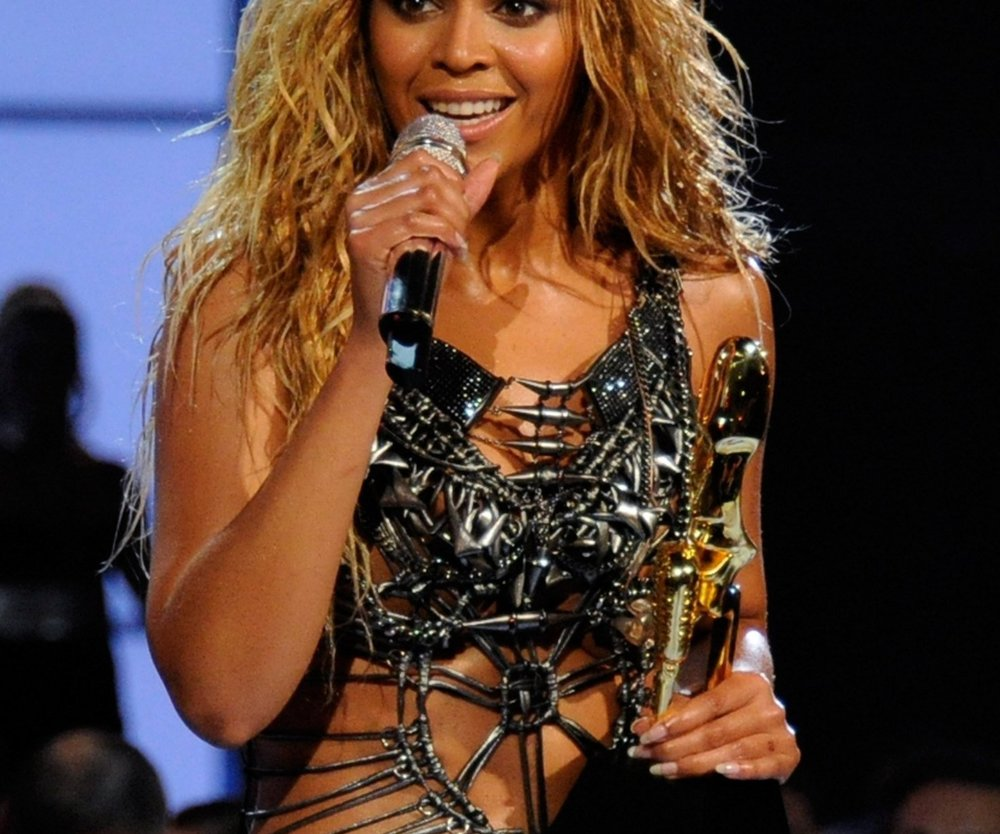 """Beyoncé Knowles: Heißer Auftritt beim """"American Idol""""-Finale"""
