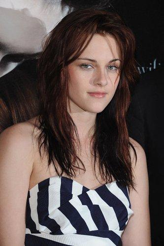 Kristen Stewart mit gesträhnten Fransen
