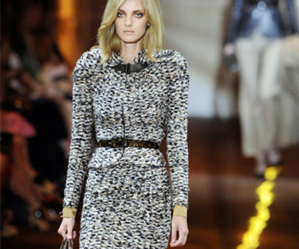 Giorgio Armani Prive: Tweed Kostüm