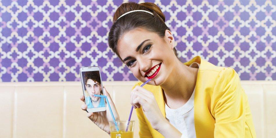 DatingApps_iStock_000058608266_Tijana87