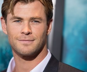 """NEW YORK, NY - DECEMBER 07: Chris Hemsworth arrive at the """"In The Heart Of The Sea"""" New York Premiere at Frederick P. Rose Hall, Jazz at Lincoln Center on December 7, 2015 in New York City. (Photo by Dave Kotinsky/Getty Images)"""