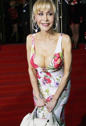 Dolly Buster ist bekannt durch ihre Erotikfilme